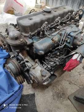 Ocasión Piura/Vendo Motor FD-35 de 4 Cilindros + caja de sexta, ligeramente negociable.