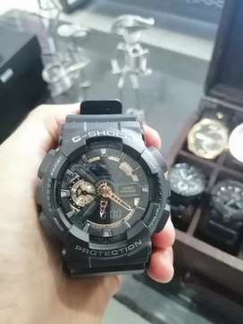 Reloj Casio g shock negro con dorado