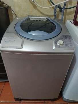 Vendo lavadora haceb de 35lb
