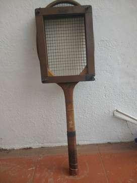 Raqueta Antigua