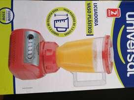 Licuadora Universal Vaso Plastico