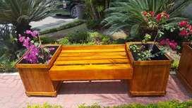 Fabrico Vendo bancas mixtas maceteros personalizados, con madera pino cedro saman curada y protegida para exteriores.