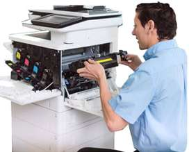 Técnico para servicio al cliente de impresoras