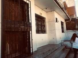 Vendo casa 3. Apartamentos uno de un dormitorio uno de dos. Dormitorios y otro  de 3 dormitorios