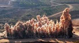 perforación voladura explosivos expansivo tnt comprensora roca saneamiento bases muros columnas
