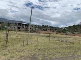 Se vende terreno de oportunidad en Santa Teresita, Guano 750 m2