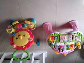 Vendo 2 juguetes de bebe