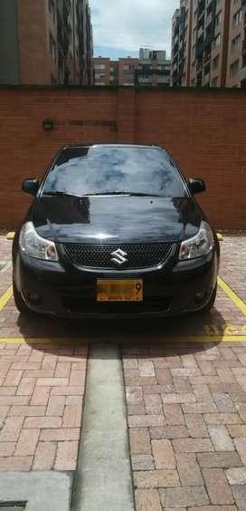 Se vende carro Suzuki en excelente estado