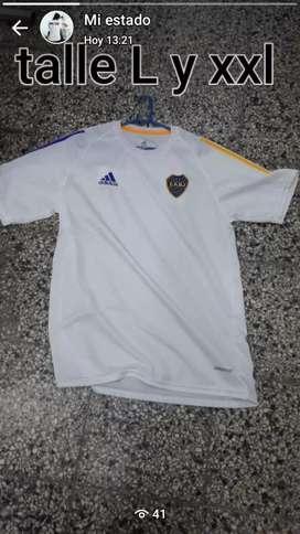 Camisetas de River y Boca