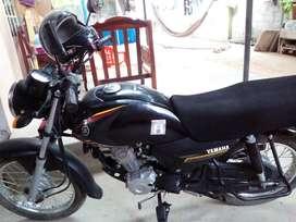 Vendo moto o cambio una 125