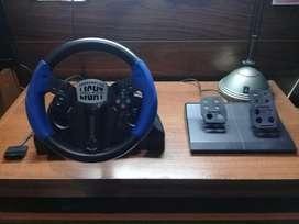 Volante y pedales compatibles con PlayStation 1, PlayStation 2 y PSX.
