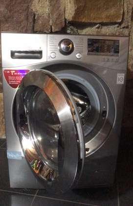 Lavadora-secadora LG 11,8KG