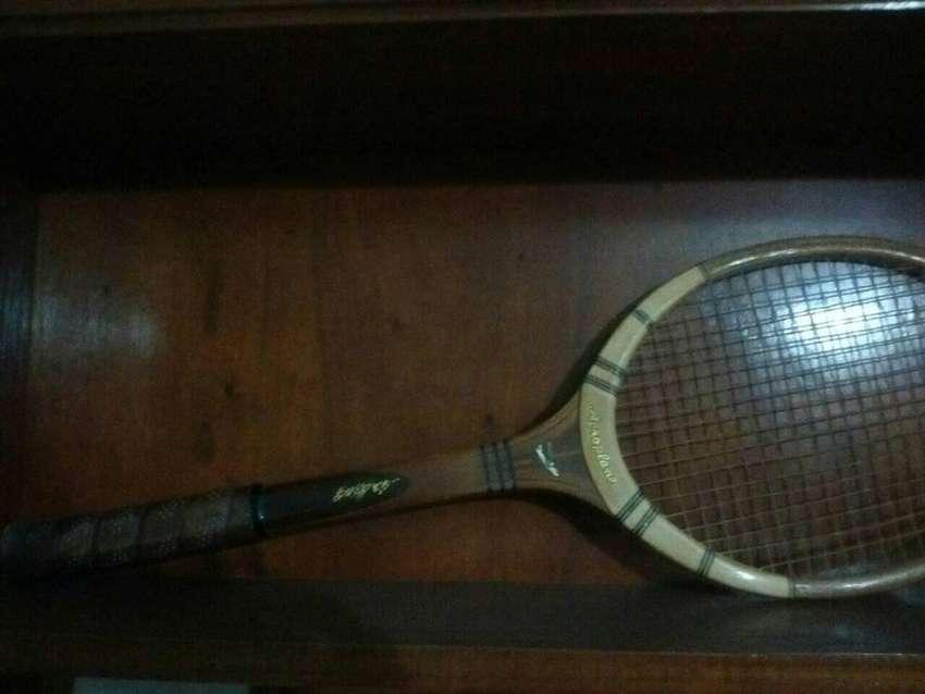 Vendo raqueta antigua PERFECTO estado 0