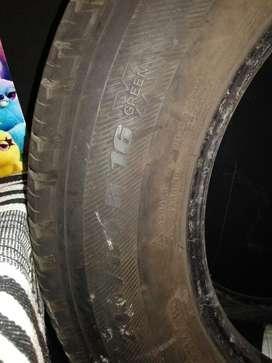Llanta Michelin R16