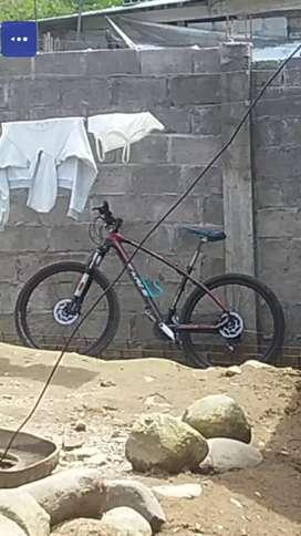 Vendo o cambio bicicleta marca EAGLE rim 27.5