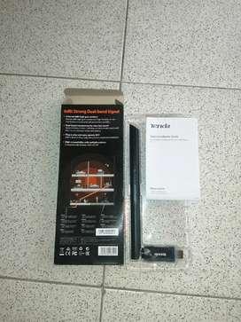 Tarjeta USB wifi poco uso tenda ac650