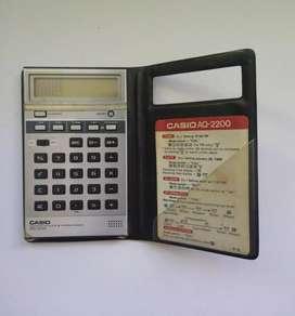 Calculadora antigua Casio AQ 2200
