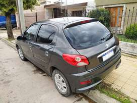 Peugeot 207 COMPACT como nurvo