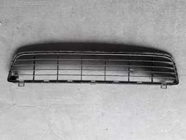Parrilla Interior Paragolpe Toyota Hilux