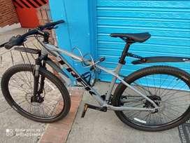 Bicicleta Trek Marlin 6 modelo 2020