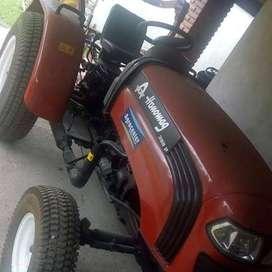 Tractor Hanomag 300P Nuevo con Cespera