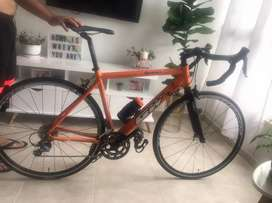 Bicicleta GW excelente estado
