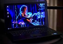 Sony Vaio Vpcz215gl 13.1 Intel I5, 8gb Ram, 128ssd Permuto
