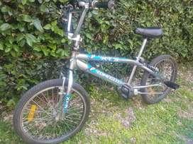 VENDO Bicicleta Tomaselli CROMADA R20. TX3 con Rotor y Pedalines