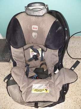 Silla de auto para bebé o niño marca Britax
