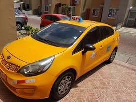 Vendo de oportunidad taxi kia río r