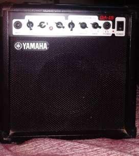 Amplificador yamaha GA-15