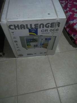 Mini bar Challenger