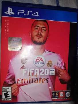 SE VENDE FIFA 20
