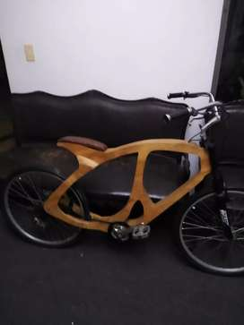Bicicleta de madera con suspencion