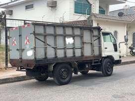 Camion daihatsu delta 2009