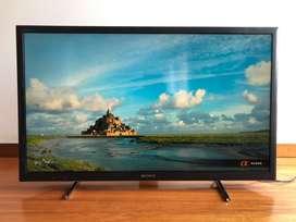 """Televisor Sony Smart 40"""""""
