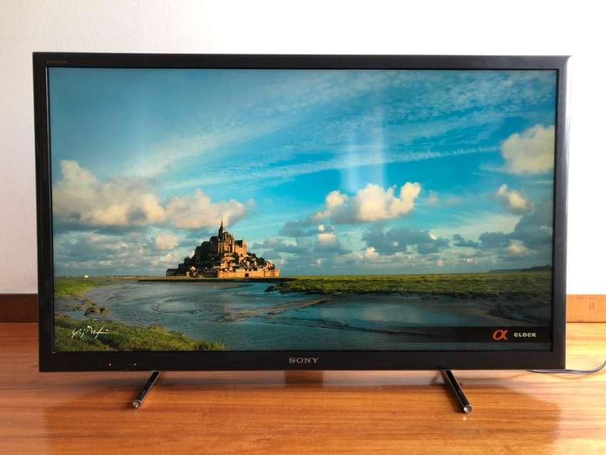"""Televisor Sony Smart 40"""" 0"""