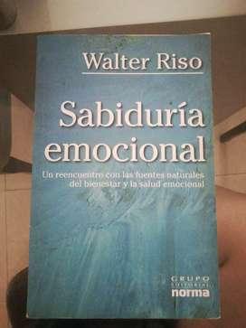 Vendo libro Sabiduria emocional de Walter Risso