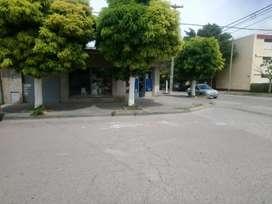 importante local en barrio Rosendo lopez