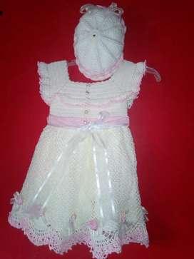 Vestido tejido a mano de niña de 1 a 4 años 190 negociable