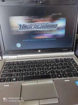 Vendo portátil disco solido 480 gigas 6 memoria ram