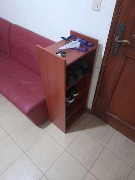 Vendo escritorio y estante