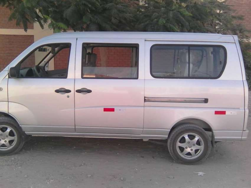 Alquiler de Minivan 0