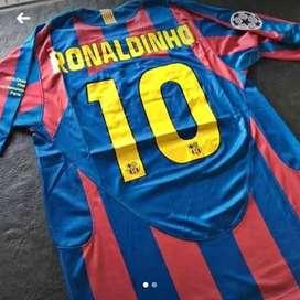 Camisets Barcelona 10 Ronaldinho Retro