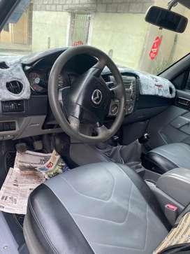 Terrible Mazda 4x4 a gasolina  bien vonservada placas del Azuay