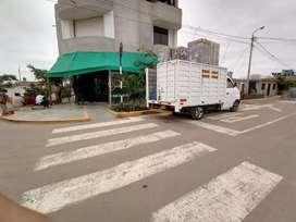 Camioneta taxi carga y mudamza