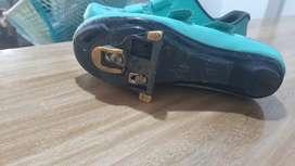 Casco zapatillas
