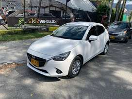 Mazda 2 Mecánico impecable 2016