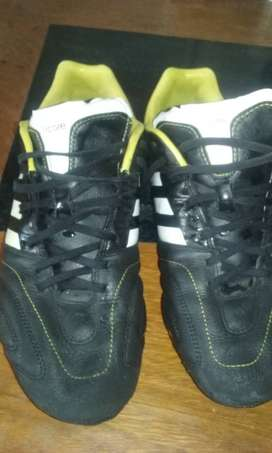 Botines Adidas 11Pro
