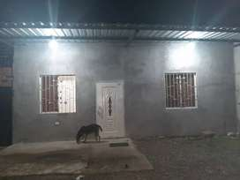 Se Alquila esta Hermosa Casa con 3 dormitorios en $160 Precio Fijo- San Camilo-Asociación d Profesore del Colegio Queved
